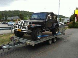 Jeep Tieflader.jpg