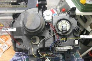 1. Rückseite vom linken Scheinwerfer.jpg