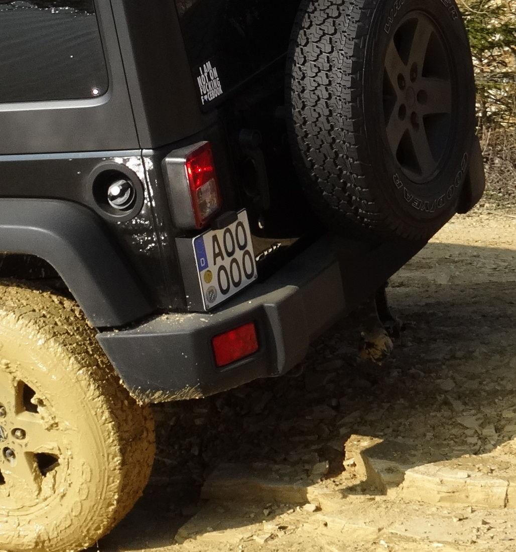 XHD Rear Bumper und Bawarrion AHK Bock - Wrangler JK Forum - Jeep Forum