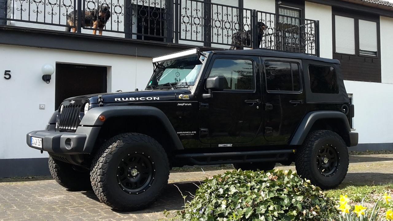 1491561020__jeep_wrangler_unlimited_rubi